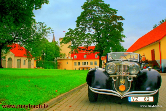 MAYBACH AVE MARIA . THE NEW CASTLE OF CESIS (LATVIA).